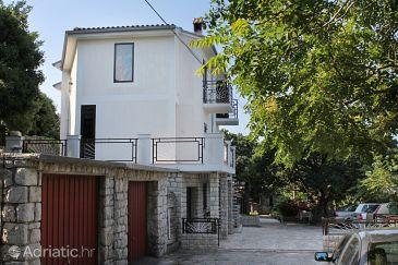 Klenovica, Novi Vinodolski, Property 5580 - Apartments blizu mora with pebble beach.