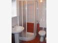 Klenovica, Bathroom u smještaju tipa apartment, dopusteni kucni ljubimci i WIFI.
