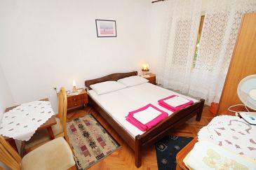 Room S-5588-c - Rooms Novi Vinodolski (Novi Vinodolski) - 5588