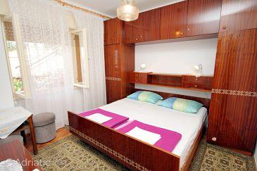 Room S-5588-d - Rooms Novi Vinodolski (Novi Vinodolski) - 5588