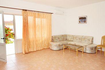 Apartment A-5589-b - Apartments Crikvenica (Crikvenica) - 5589