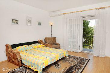 Apartment A-5591-a - Apartments Novi Vinodolski (Novi Vinodolski) - 5591