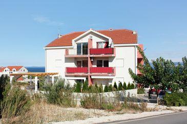 Obiekt Supetar (Brač) - Zakwaterowanie 5607 - Apartamenty ze żwirową plażą.