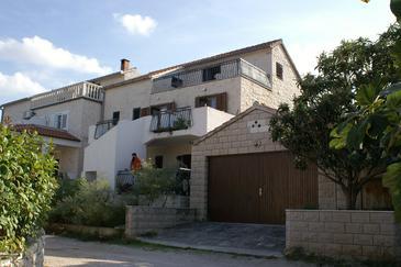 Splitska, Brač, Obiekt 5608 - Apartamenty w Chorwacji.