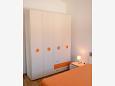 Bedroom - Apartment A-5609-e - Apartments Postira (Brač) - 5609