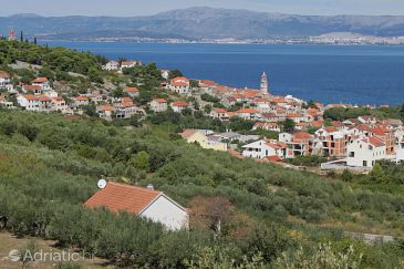 Property Sutivan (Brač) - Accommodation 5614 - Vacation Rentals with pebble beach.