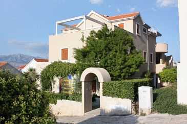 Property Postira (Brač) - Accommodation 5617 - Apartments with pebble beach.