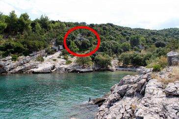 Property Uvala Prapratna (Brač) - Accommodation 5624 - Vacation Rentals near sea.