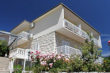 Property Hvar (Hvar) - Accommodation 563 - Apartments and Rooms with pebble beach.