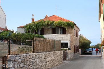 Property Postira (Brač) - Accommodation 5634 - Apartments near sea with pebble beach.