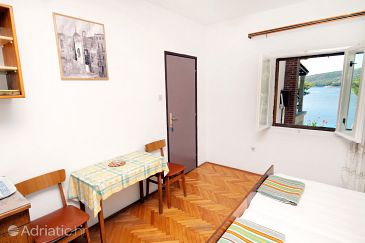 Studio flat AS-5639-a - Apartments and Rooms Sumartin (Brač) - 5639