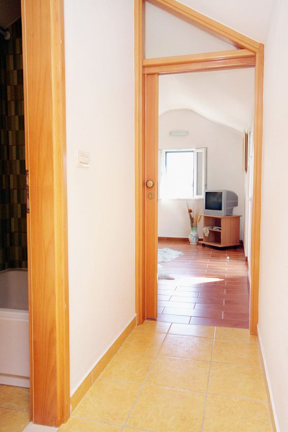 Apartmány s parkoviskom v meste Sumartin - 5645
