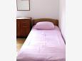 Sućuraj, Bedroom u smještaju tipa apartment, WIFI.