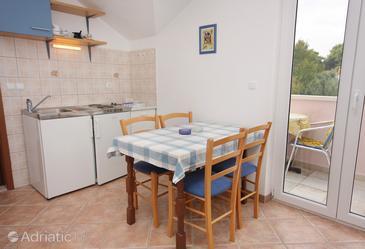 Apartment A-5664-b - Apartments Splitska (Brač) - 5664