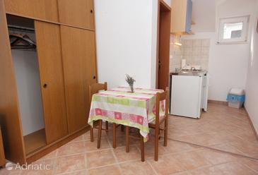 Studio flat AS-5664-a - Apartments Splitska (Brač) - 5664