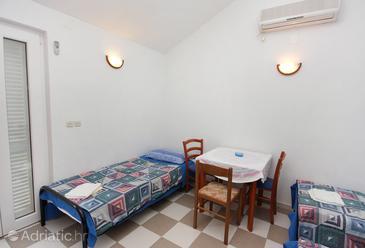 Studio flat AS-5664-c - Apartments Splitska (Brač) - 5664