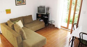 Splitska, Pokój dzienny 2 w zakwaterowaniu typu house, dostupna klima, dopusteni kucni ljubimci i WIFI.