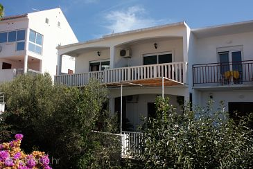 Property Hvar (Hvar) - Accommodation 5706 - Apartments with pebble beach.
