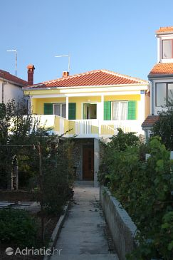Property Turanj (Biograd) - Accommodation 5740 - Apartments near sea with pebble beach.