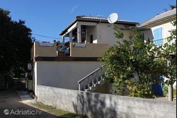 Property Privlaka (Zadar) - Accommodation 5748 - Apartments with sandy beach.