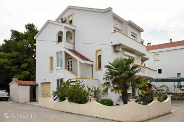 Property Zadar - Diklo (Zadar) - Accommodation 5781 - Apartments near sea with pebble beach.