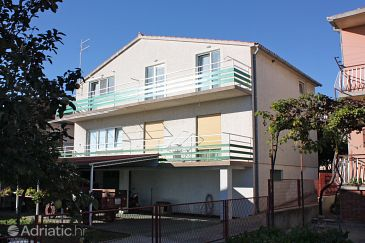 Property Vodice (Vodice) - Accommodation 5815 - Apartments with pebble beach.