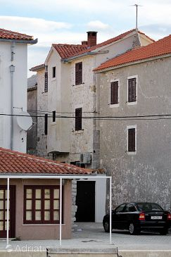 Property Vinjerac (Zadar) - Accommodation 5817 - Vacation Rentals near sea with sandy beach.