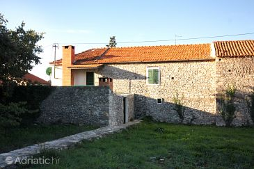 Property Sukošan (Zadar) - Accommodation 5818 - Vacation Rentals with pebble beach.