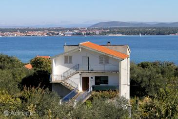 Property Tkon (Pašman) - Accommodation 5827 - Apartments with sandy beach.