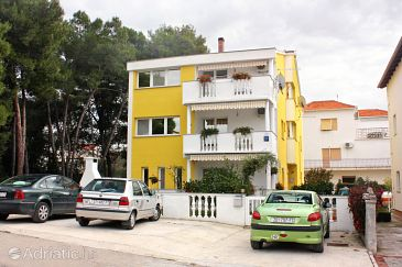 Property Zadar (Zadar) - Accommodation 5830 - Apartments with pebble beach.