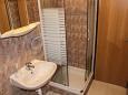 Biograd na Moru, Bathroom u smještaju tipa studio-apartment, dopusteni kucni ljubimci i WIFI.