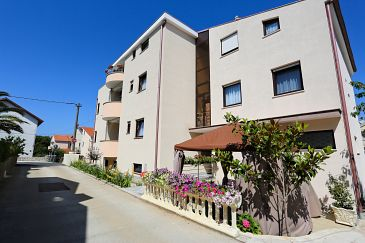 Property Zadar - Diklo (Zadar) - Accommodation 5887 - Apartments with pebble beach.