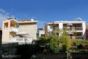 Property Vodice (Vodice) - Accommodation 5901 - Apartments near sea.
