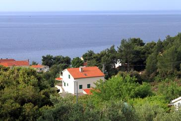 Property Ivan Dolac (Hvar) - Accommodation 592 - Apartments with pebble beach.