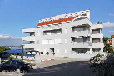 Property Zadar (Zadar) - Accommodation 5932 - Apartments with pebble beach.