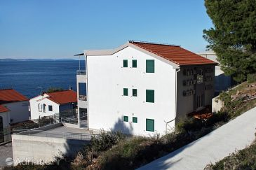 Property Balića Rat (Omiš) - Accommodation 5957 - Apartments near sea with pebble beach.