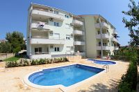 Seaside apartments with a swimming pool Okrug Gornji (Čiovo) - 5959