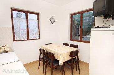 Apartment A-5966-a - Apartments Seget Vranjica (Trogir) - 5966