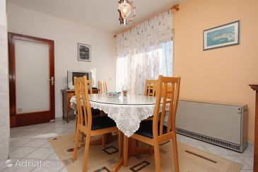 Apartment A-5998-d - Apartments Slatine (Čiovo) - 5998