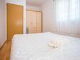 Bedroom 1 - Apartment A-6011-b - Apartments Mavarštica (Čiovo) - 6011