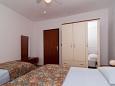 Bedroom - Apartment A-6015-b - Apartments Vinišće (Trogir) - 6015