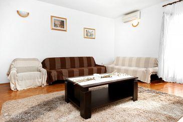 Apartment A-6065-a - Apartments Okrug Gornji (Čiovo) - 6065