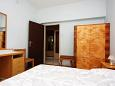 Bedroom 2 - Apartment A-6082-b - Apartments Podgora (Makarska) - 6082