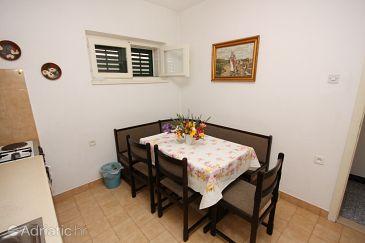 Apartment A-6087-a - Apartments Makarska (Makarska) - 6087