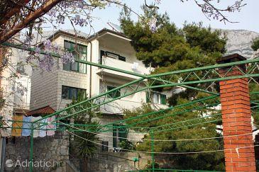 Property Makarska (Makarska) - Accommodation 6087 - Apartments with pebble beach.
