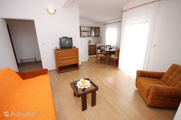 Apartment A-6142-a - Apartments Ražanac (Zadar) - 6142