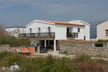 Property Ražanac (Zadar) - Accommodation 6142 - Apartments with pebble beach.