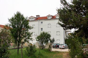 Obiekt Biograd na Moru (Biograd) - Zakwaterowanie 6159 - Apartamenty ze żwirową plażą.