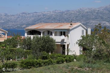 Property Ražanac (Zadar) - Accommodation 6185 - Apartments with pebble beach.