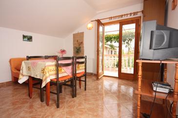 Apartament A-6197-b - Apartamenty Turanj (Biograd) - 6197